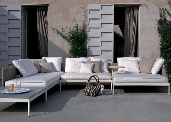 Arredo esterno le ultime novit e tendenze foto ed for Arredo esterno design