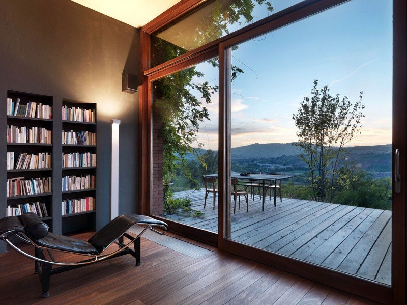Val-Tidone-Private-House-by-Park-Associati-11