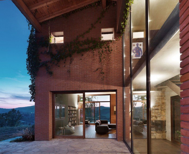 Val-Tidone-Private-House-by-Park-Associati-15
